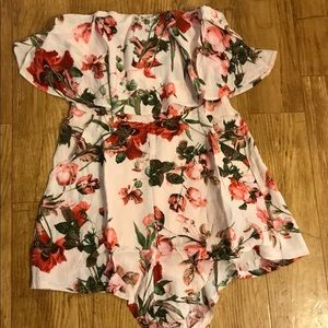 Floral strapless Romper small